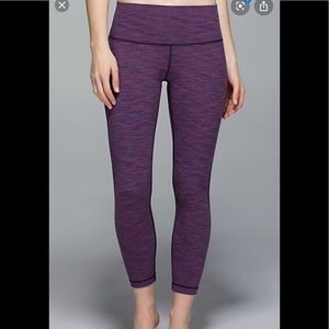 Lululemon high rise wunder under crops size 6